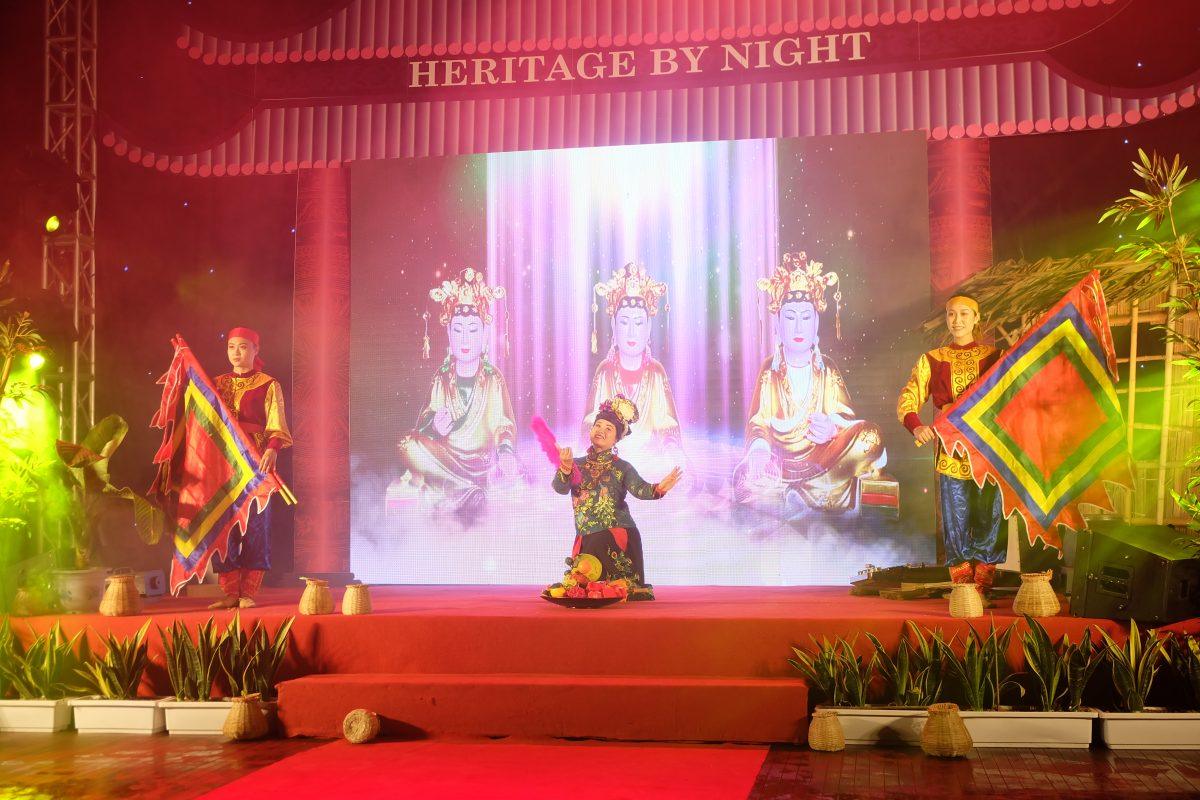 "The Show ""Heritage By Night"""