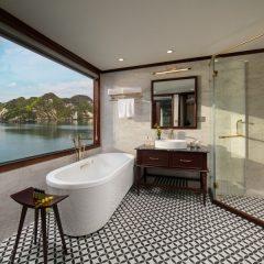 Regal_Suites_Bathroom